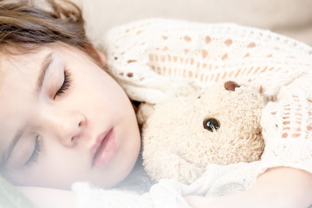 【読みやすい】睡眠不足を解消するおすすめ『睡眠本』TOP3